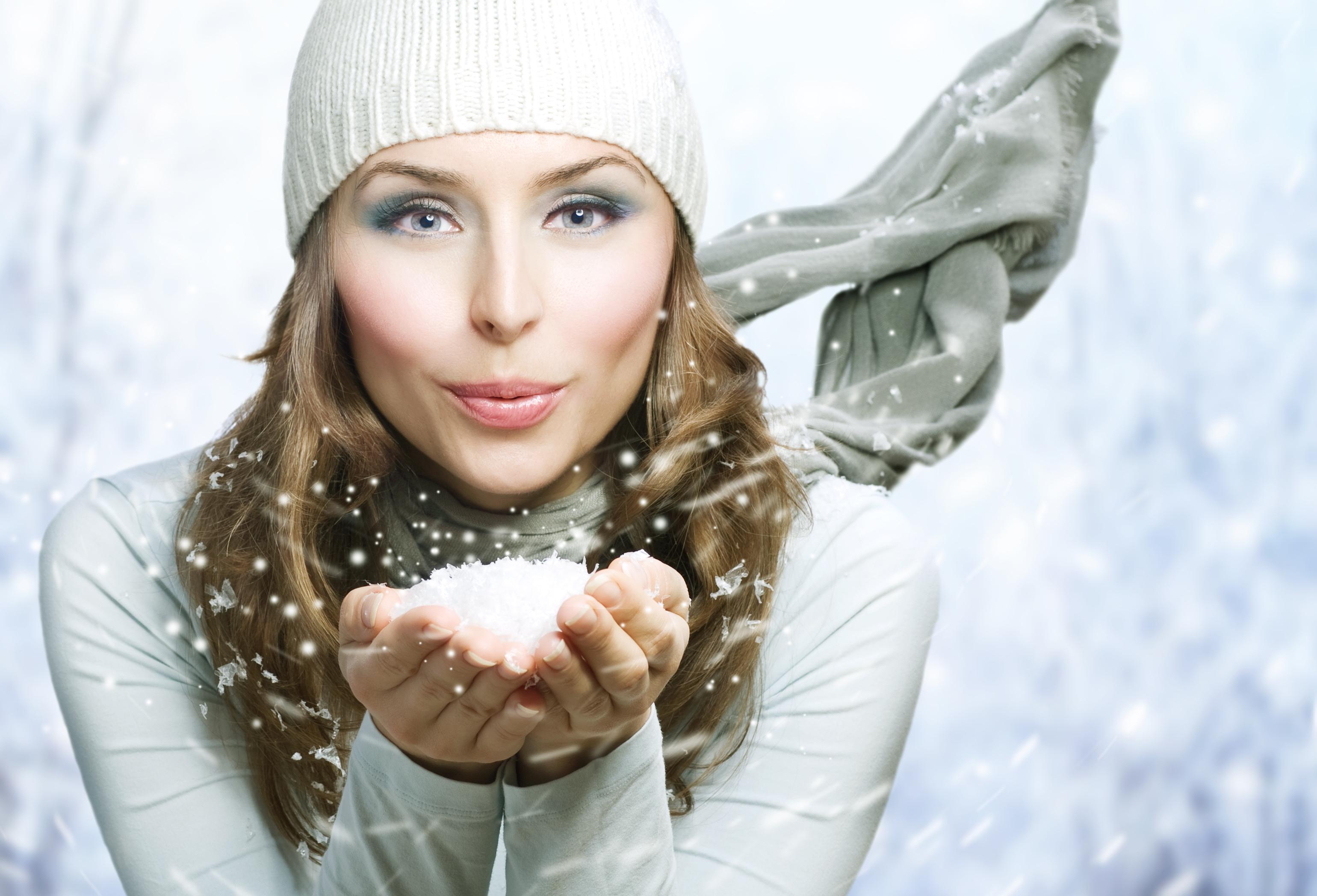 10 afectiuni ale pielii care se pot agrava in sezonul rece